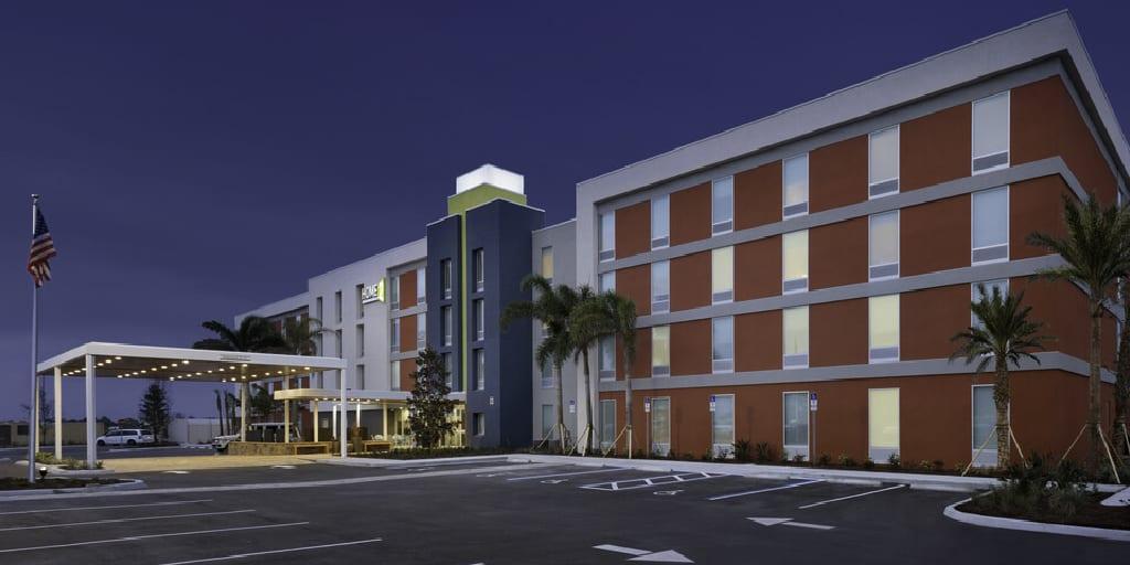 HOME2 Suites by Hilton Orlando International Drive ICON Park